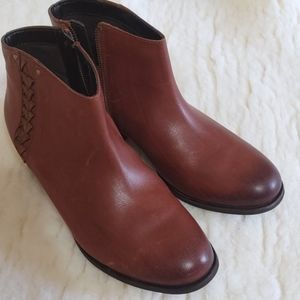 Clarks Congac Ankle Bootie